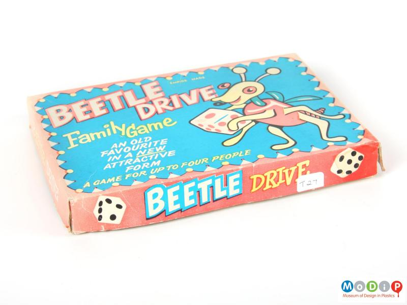 Side view of a beetle drive showing the lid of the box.